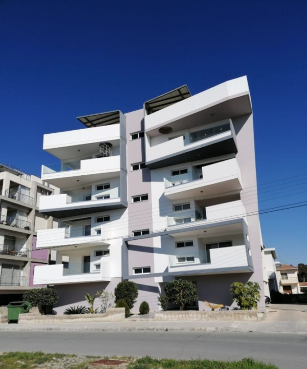 PROPERTY FOR SALE IN LARNACA CYPRUS